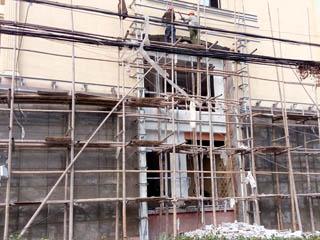 房屋結構改造進行中-側面