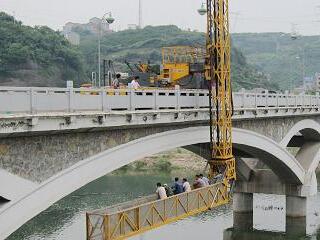 桥梁维修加固